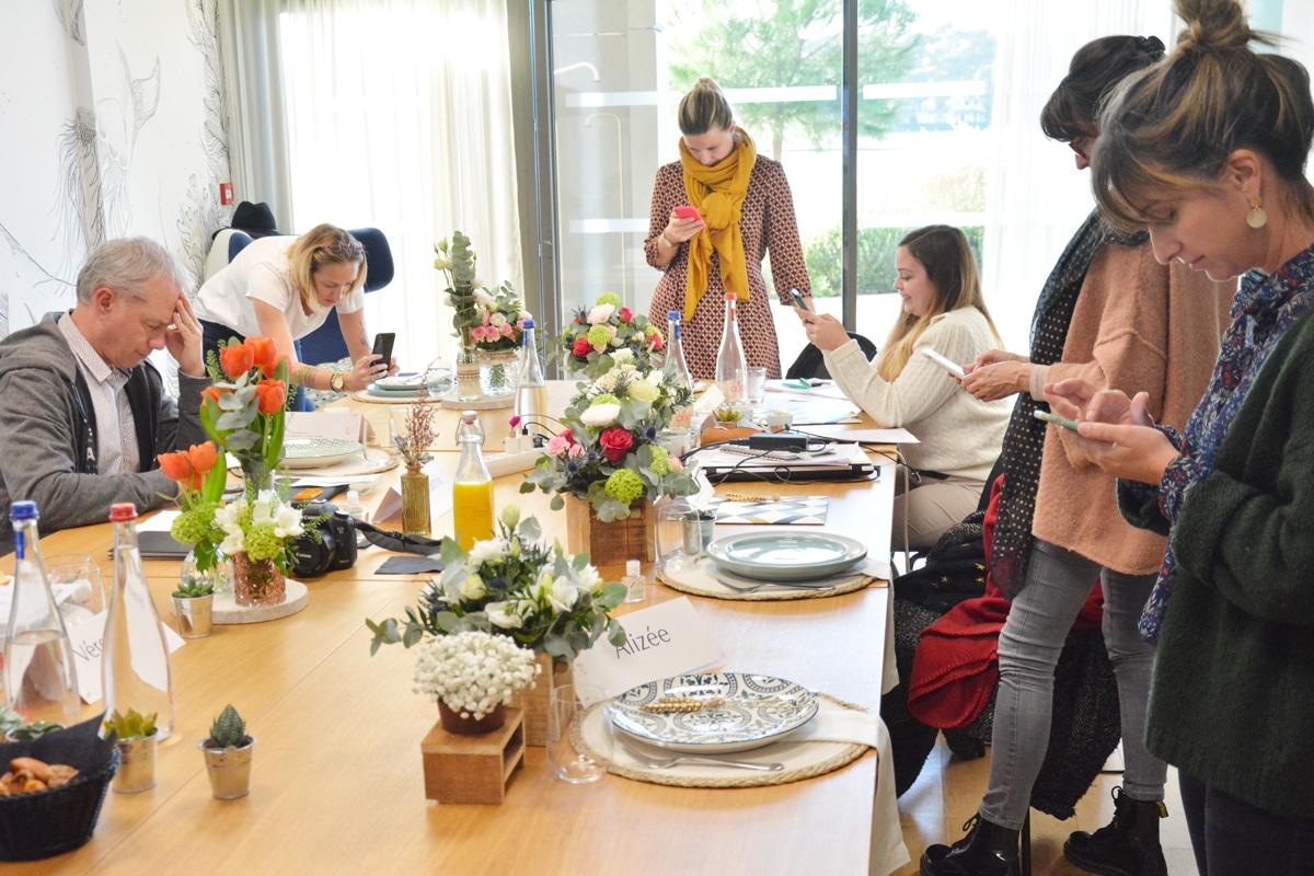Groupe de la Masterclass en community management organisé à la Villa Seren par l'Agence Iltze, Landes, Pays basque